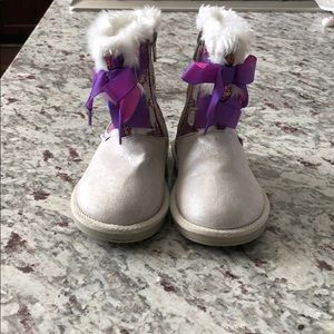 Stride Rite Disney Frozen Cozy Sequin Boots